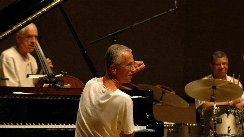 Gary Peacock z Keithem Jarrettem i Jackiem DeJohnettem w słynnym akustycznym trio