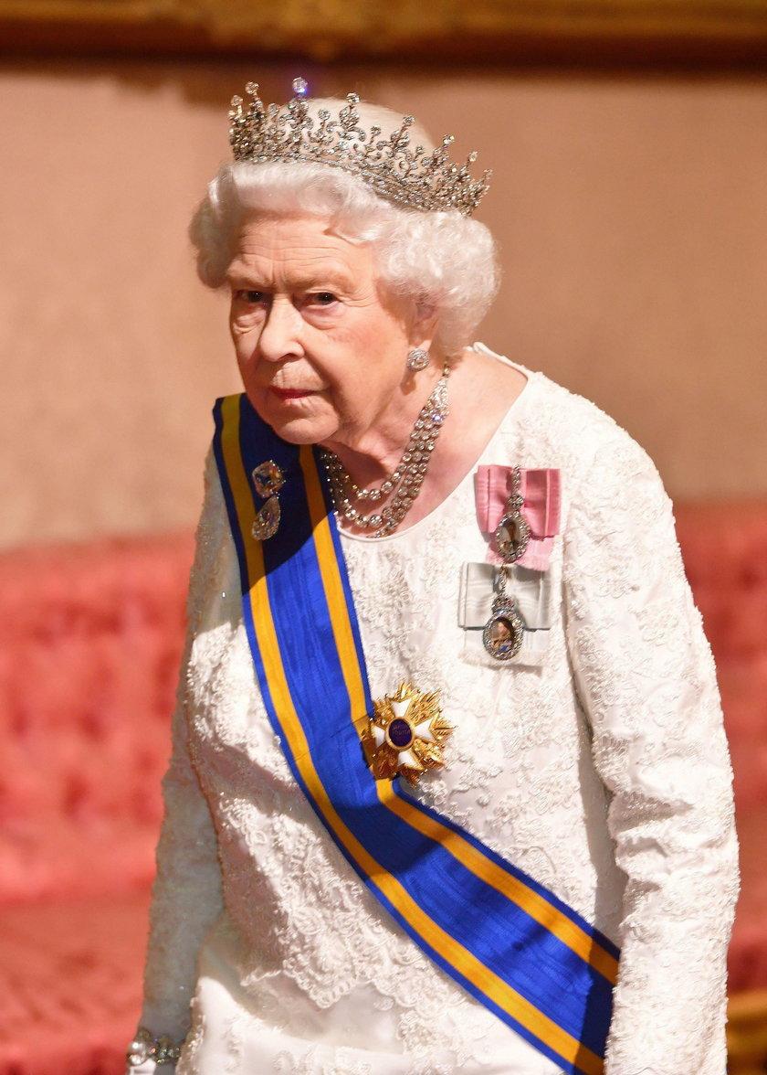 Zaskakujące informacje o królowej. Karol wkrótce zostanie królem?