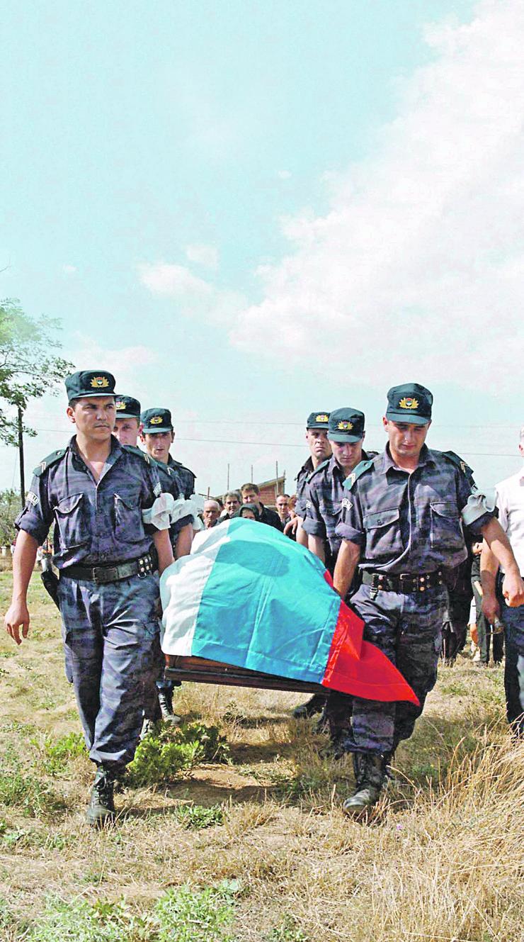 više od 100 napada na pripadnike mup desilo se u zoni nerodimlje