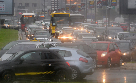 Saobraćajnice prepune automobila