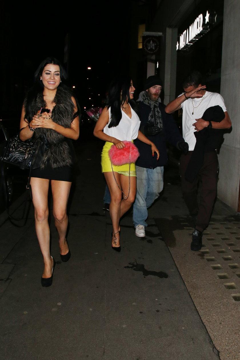 Marouane Chamakh zamiast grać, bawi się z króliczkami Playboya!