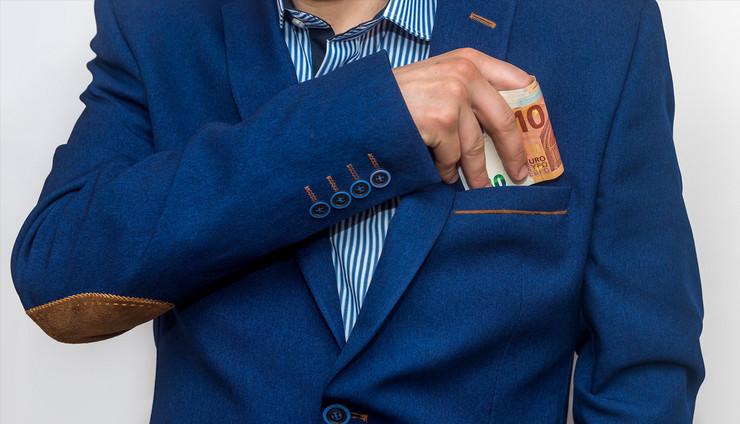 korupcija v2 foto Shutterstock