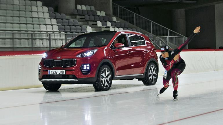 Nowa Kia Sportage - jazda szybka na lodzie