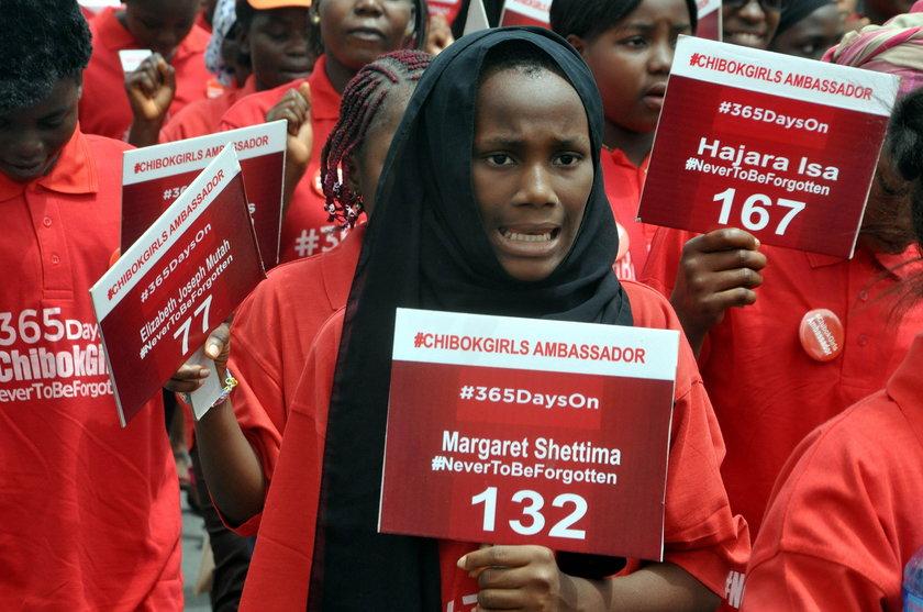 Nigeryjczycy domagający się uprowadzonych przez Boko Haram kobiet
