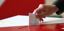 Dlaczego karty do głosowania mają obcięty róg?