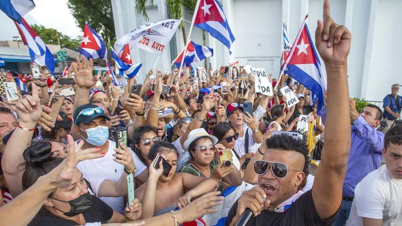 Demonstracje w Miami dla poparcia protestów na Kubie