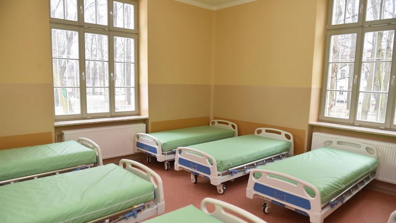 Szpital znajduje się na terenie wpisanego do rejestru zabytków zespołu parkowego. Od teraz, po remoncie, prezentuje się jeszcze lepiej - zarówno z zewnątrz, jak i od wewnątrz