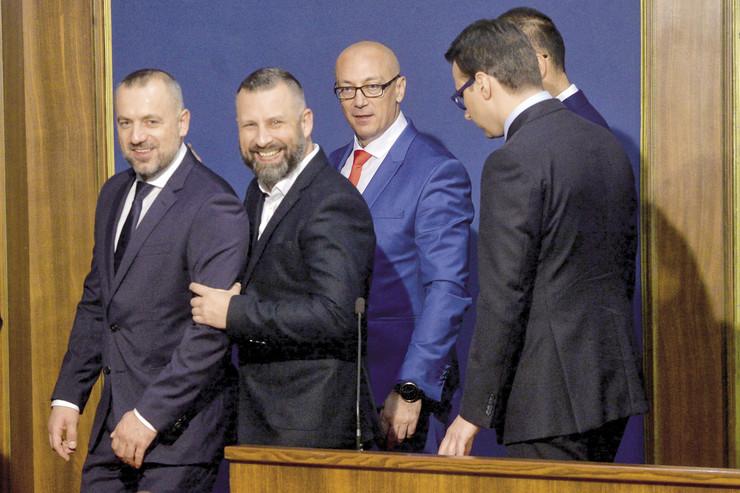 Za srpsku listu deset mandata: U Kurtijevom kabinetu i dva srpska ministra
