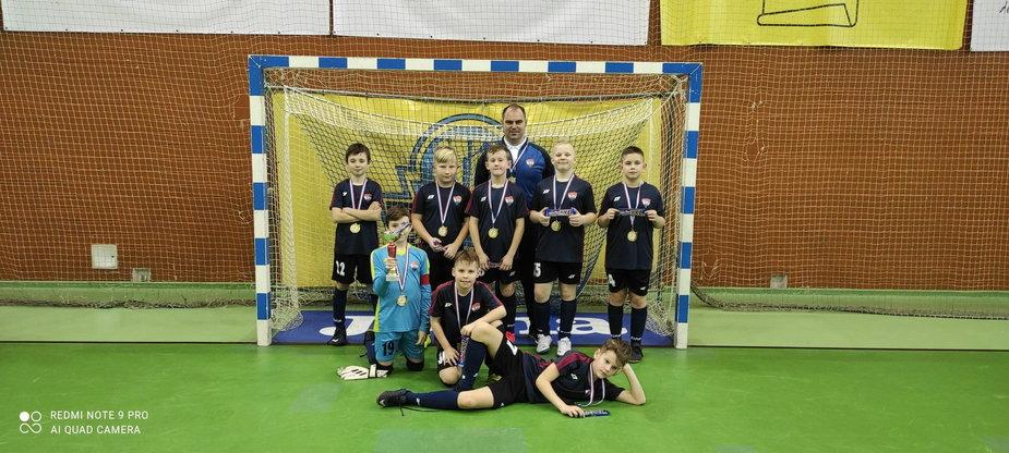 Młodzi piłkarze z drawskiej akademii piłkarskiej grali na wyjeździe