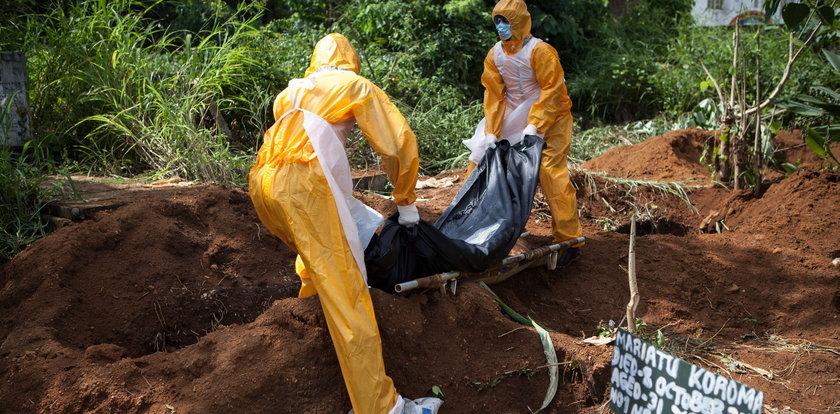 Rosja obiecuje trzy szczepionki na ebolę