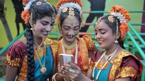 """""""Mam na imię Android"""" - indyjska słabość do oryginalnych imion i nazwisk"""