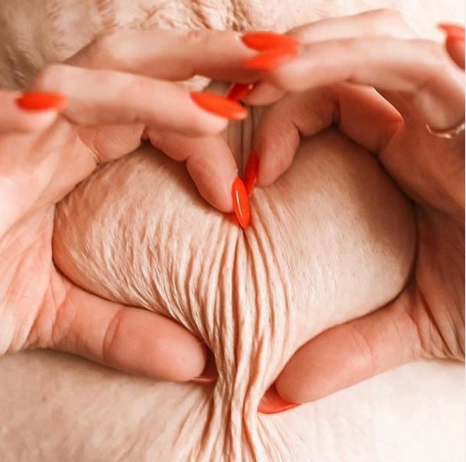 Sari se zbog ove slike zahvaljuju žene širom sveta