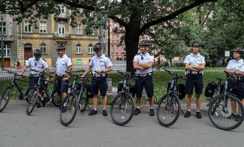 Policjanci dostali prezent od miasta