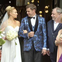"""""""Narzeczony na niby"""": Karolak, Kamińska i Bohosiewicz na zdjęciach z planu nowej komedii"""