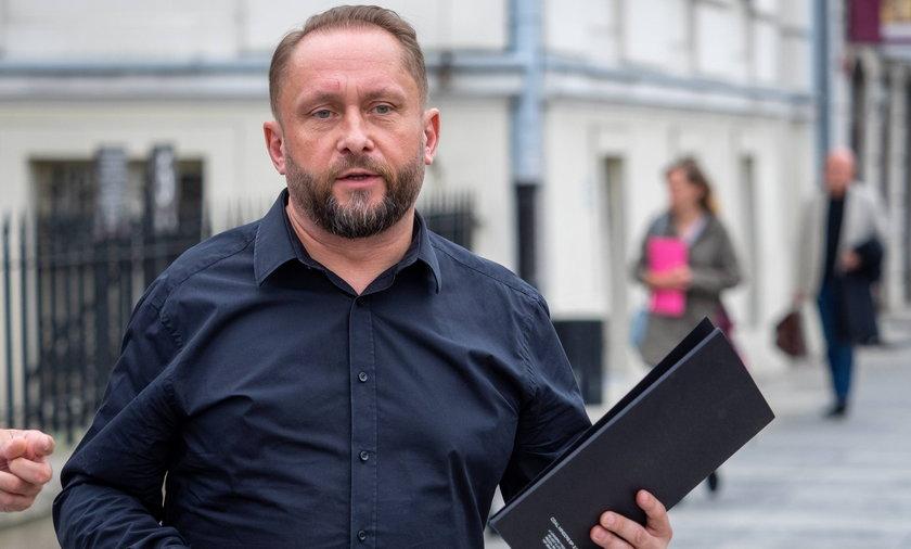6 marca Kamil Durczok skończył 53 lata