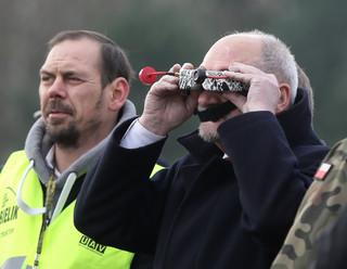 Macierewicz: MON zainwestuje w tysiące dronów. Ich skuteczność zależy od masowości