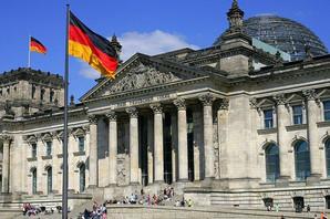 DRAMA U BERLINU Otac bacio devetomesečnog sina sa sedmog sprata