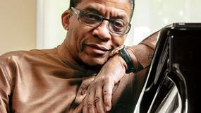 """""""Herbie Hancock. Autobiografia legendy jazzu"""" od 15 lipca w sklepach"""