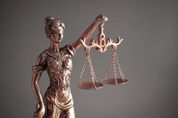 Gdyby prokurator przyjął mandat, według ówczesnych taryfikatorów zapłaciłby maksymalnie kilkaset złotych.