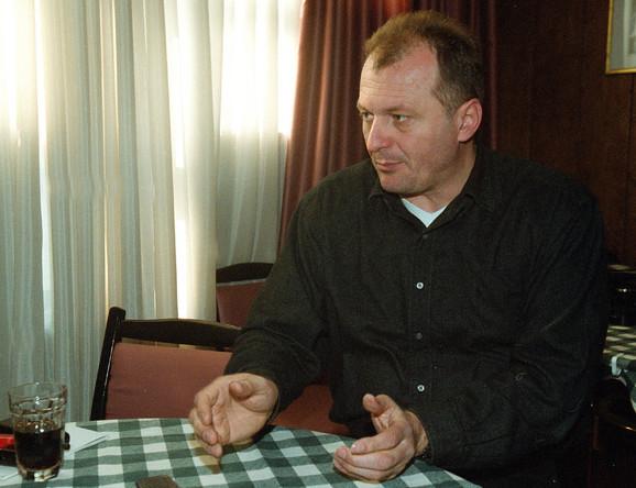 Ljubomir je sin Branislava Lainovića zvanog Dugi