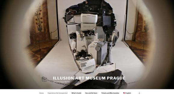 Na naslovnoj strani zvaničnog sajta Muzeja iluzija u Pragu nalazi se fotografija skupture Nikole Tesle