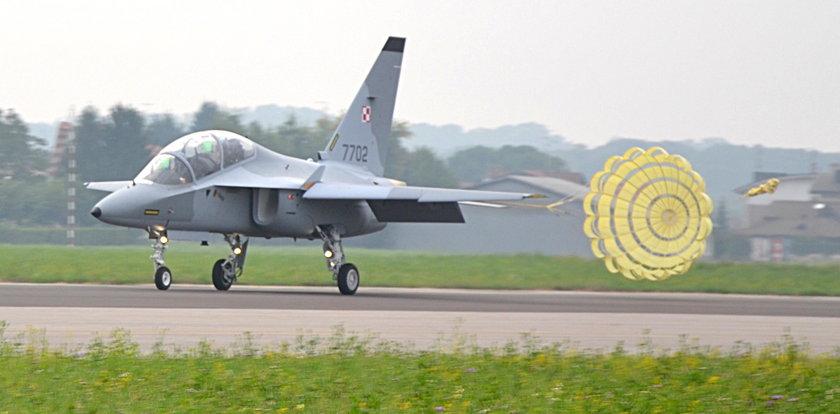 Nowe samoloty są już w Polsce, ale nie polecą!