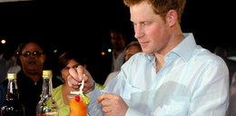 Tak imprezuje książę Harry