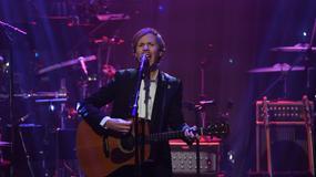 Beck z muzykami Nirvany w hołdzie Davidowi Bowie'emu