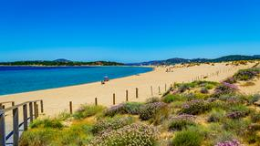 Turysta zabrał na pamiątkę piasek z włoskiej plaży. Ukarano go za to mandatem