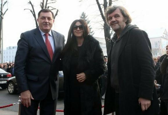 Monika početkom godine u društvu Dodika i Kusturice