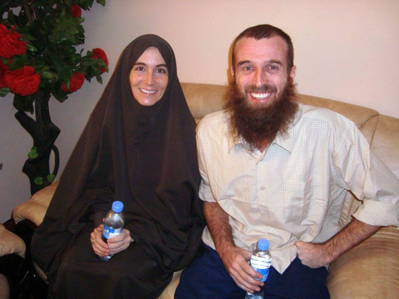 Amanda Lindhaut i Najdžel Brenan