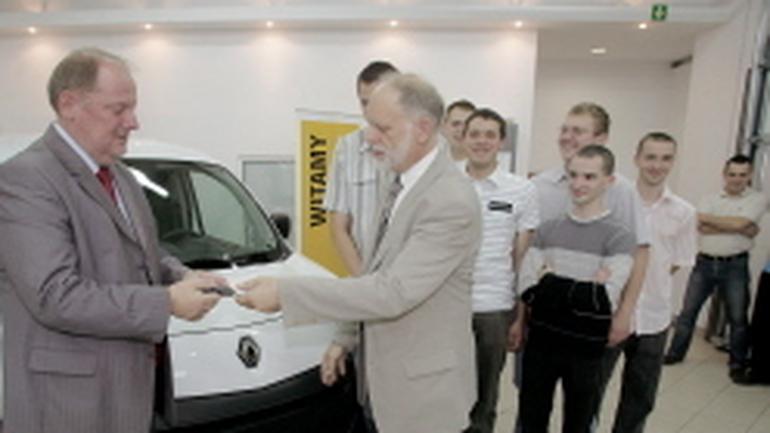 Renault: patronacka klasa w Warszawie