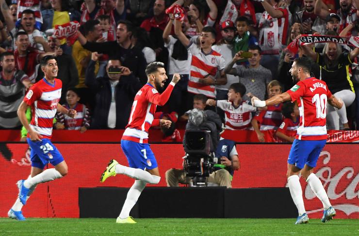 FK Barselona, FK Granada