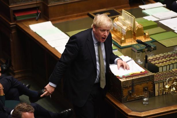 Innym kłopotem jest czas. Johnson chce, aby umowa o handlu między Londynem a Brukselą powstała do końca tego roku. To ponad 11 miesięcy, z których realnie zostanie na rozmowy pół roku.