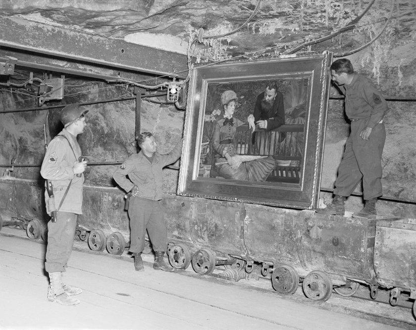 Grupa odkrywców twierdzi, że w okolicach Wałbrzycha ukryta jest jaskinia z tajnymi dokumentami nazistów