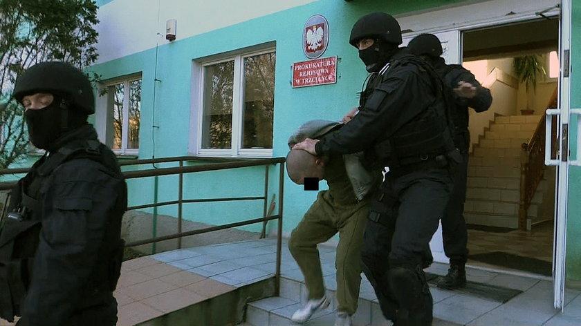 Morderca z Czarnkowa usłyszał zarzuty i trafił do aresztu
