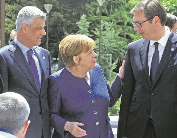 Hašim Tači, Angela Merkel i Aleksandar Vučić