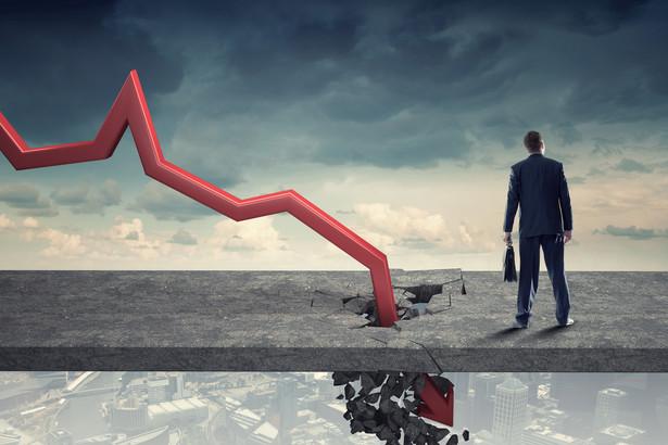 Według badania 7 proc. przedstawicieli firm twierdzi, że ich biznes stracił stabilność finansową