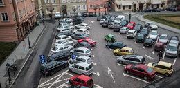 Poznań zrobi miejsca parkingowe dla rodzin z dziećmi