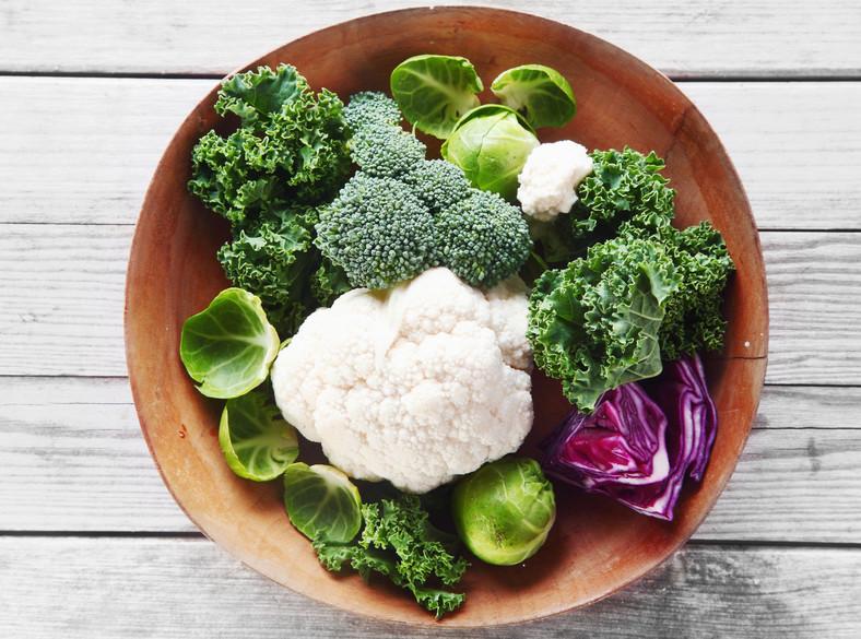 Kalafior, brokuły, kapusta, jarmuż, brukselka