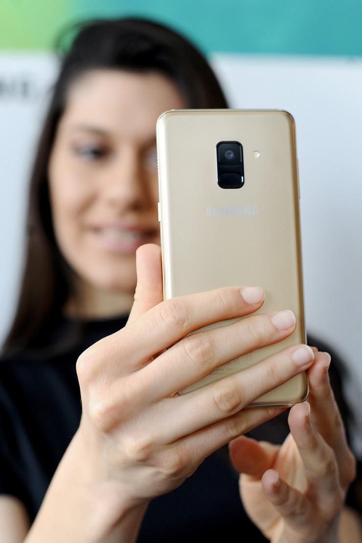 Samsung Galxy A8
