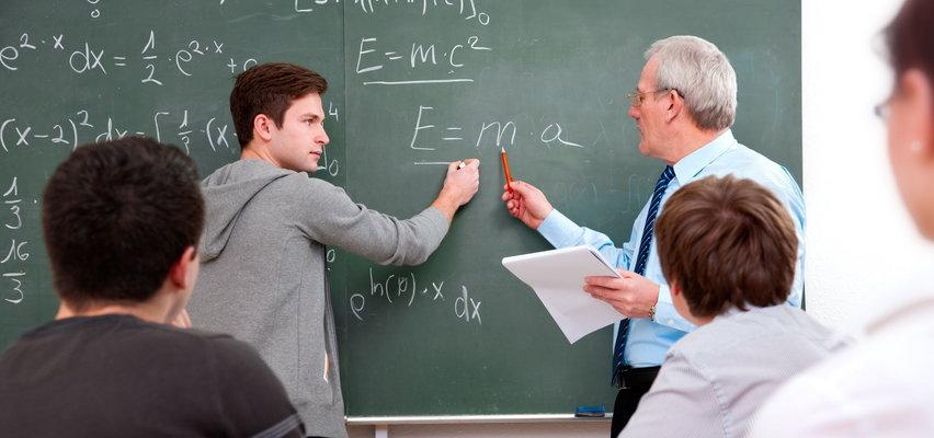 W Polsce brakuje 10 tys. nauczycieli! Związek apeluje o duże zmiany