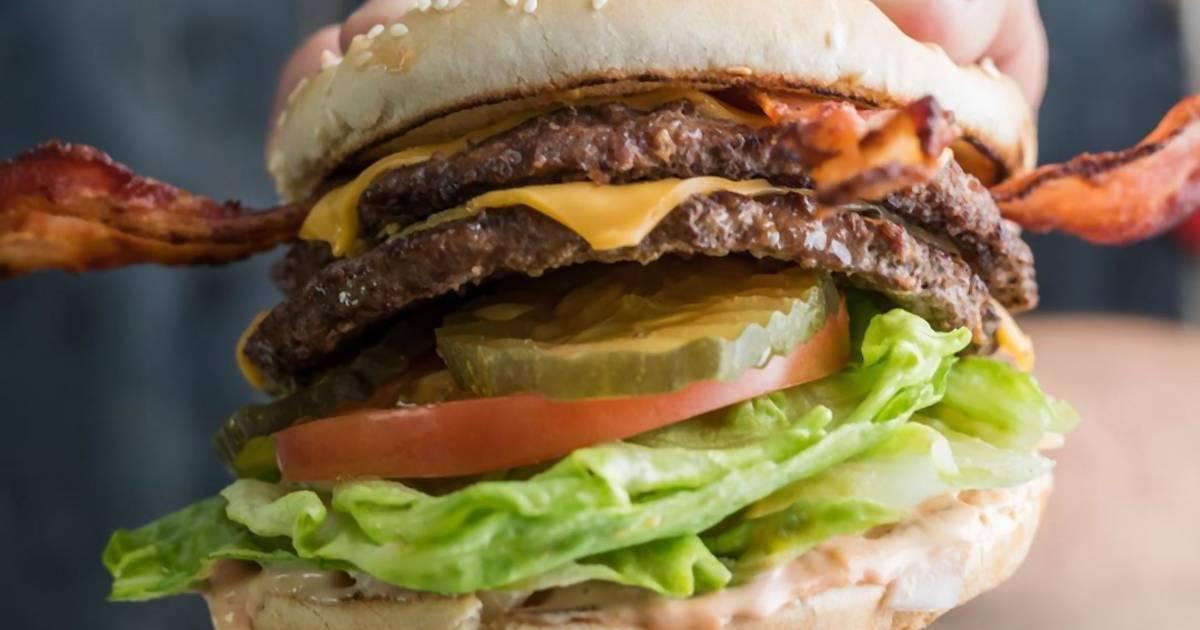 """Bester Job der Welt? Burgerkette bietet 1.000 Dollar für einen Tag """"Bacon Praktikum"""""""