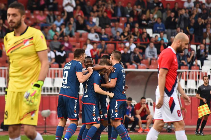 FK Proleter, FK Crvena zvezda