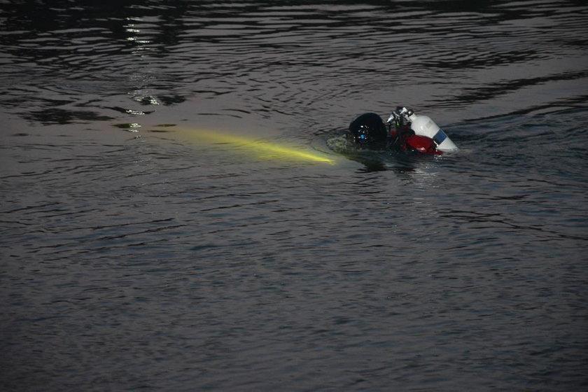 Tajemnicza śmierć wędkarza. Samochód wyłowiono z rzeki Bóbr
