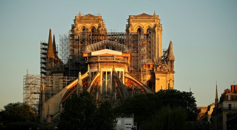'Consensus' Notre-Dame spire should be rebuilt as it was