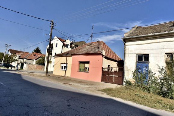 Sloba Radanović - porodična kuća u Zrenjaninu