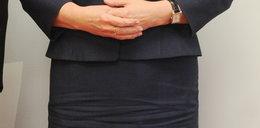Co się stało ze spódnicą Ewy Kopacz?