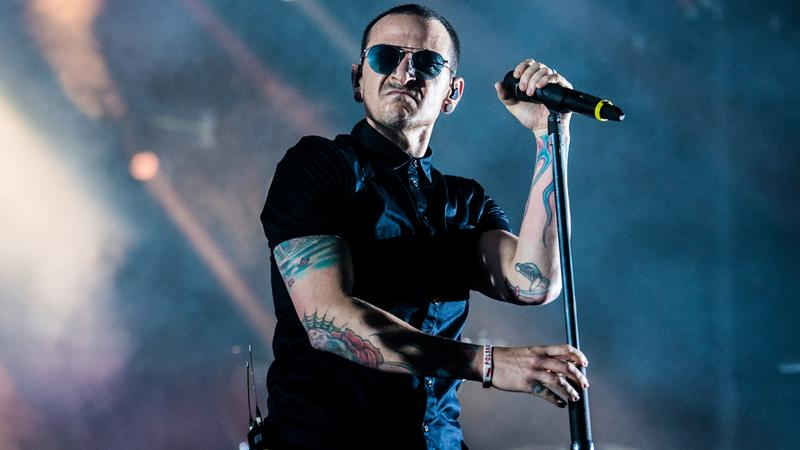 Chester Bennington z Linkin Park na koncercie w Krakowie w czerwcu 2017 roku