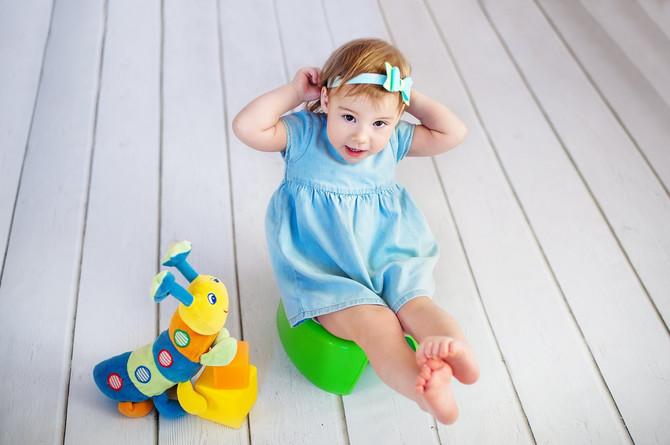 Većina roditelja za prvi korak u odvikavanju od pelena bira nošu